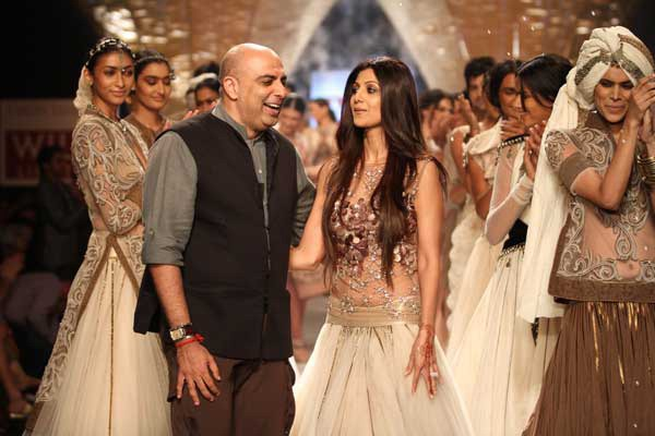 Top 10 Famous Fashion Designers In India You Should Know