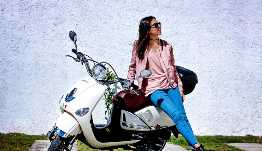 girl with scooty