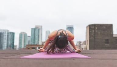 girl doing yoga in morning time
