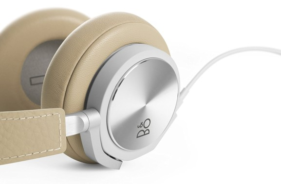 BO PLAY by Bang Olufsen Beoplay H6 Over Ear Wired Headphone