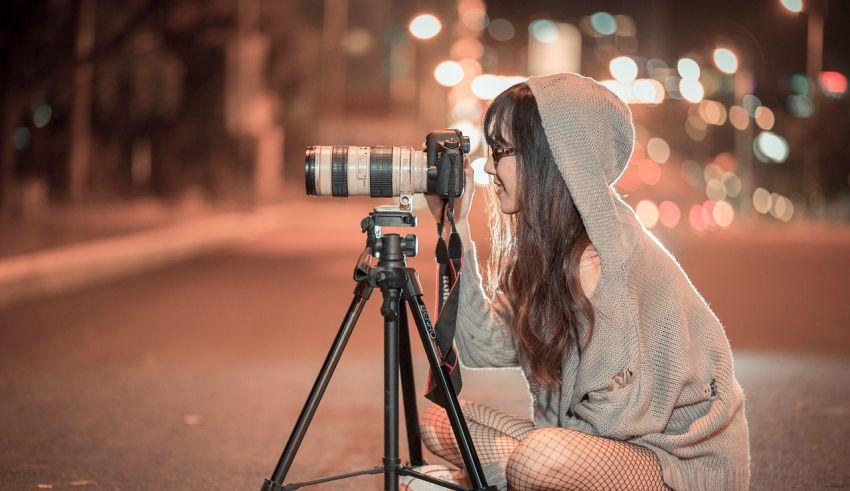 DSLR Cameras under 70000