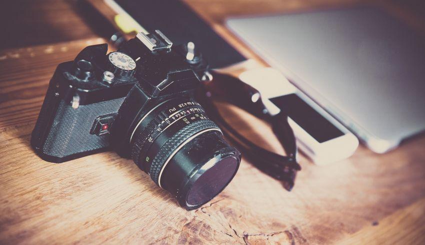 DSLR Cameras Under 30K