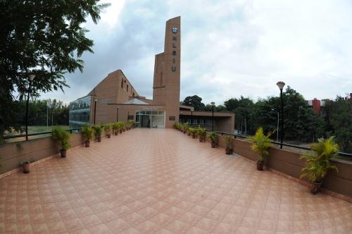 National Law School