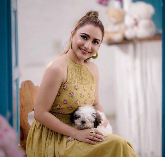 Dhrriti Sahran popular punjabi actress