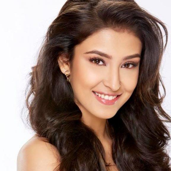 Navneet Kaur Dhillon popular punjabi actress