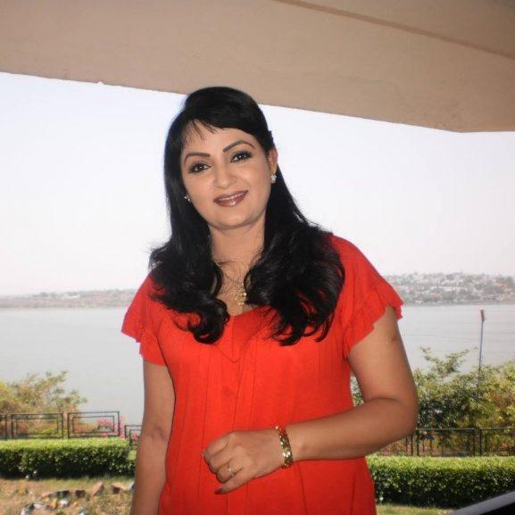 Upasana Singh popular punjabi actress