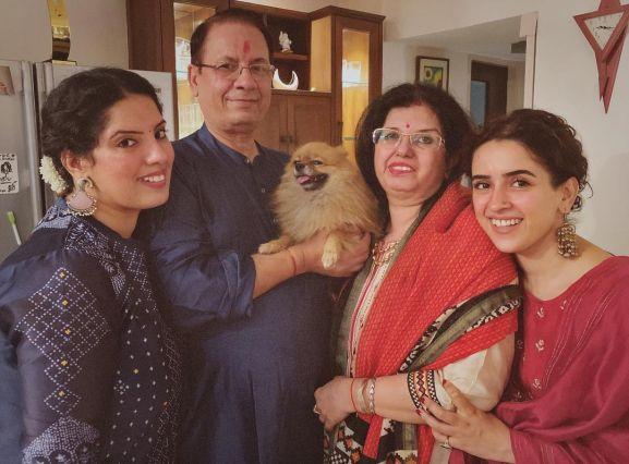 Sanya Malhotra with family