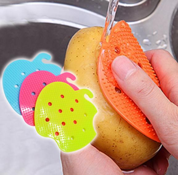 Easy Clean Veggie/Fruit Brush