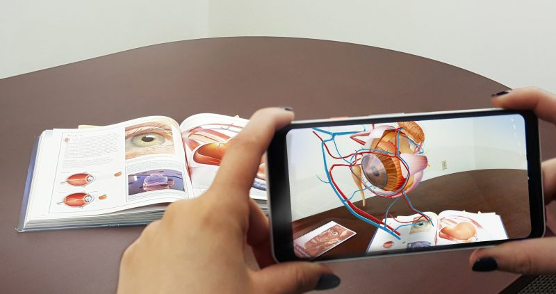 Reality Apps for Healthcare and Medicine
