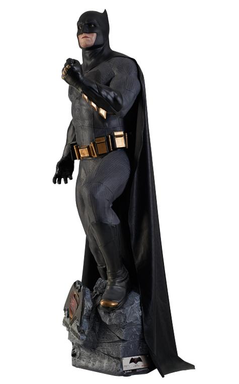 Batman vs Superman - Batman Life-size Statue by Oxmox Muckle