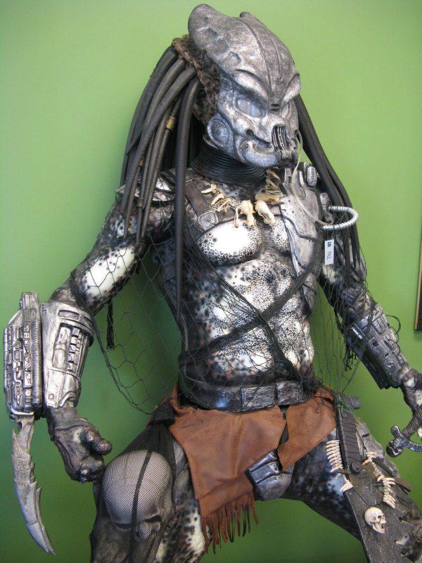 Life-size Predator Statue Custom Made
