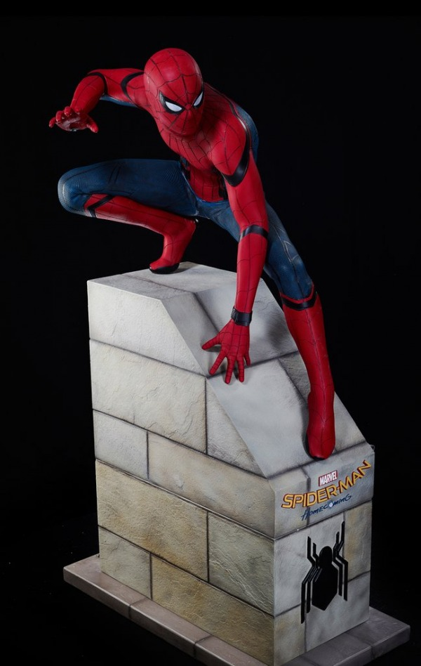 SPIDER-MAN HOMECOMING - SPIDERMAN LIFE-SIZE STATUE