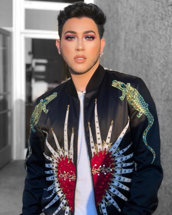 Manny Gutierrez: American Makeup YouTuber
